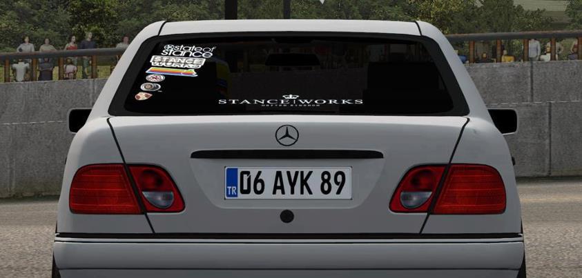 Lfs Mercedes E200 Yaması 1