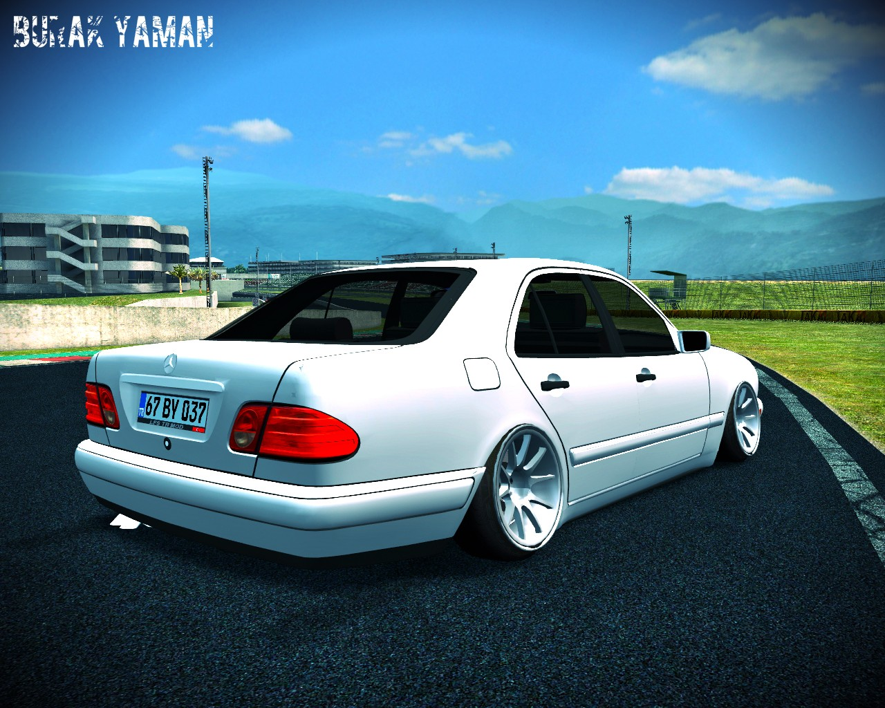 Lfs Mercedes E200 Yaması 3